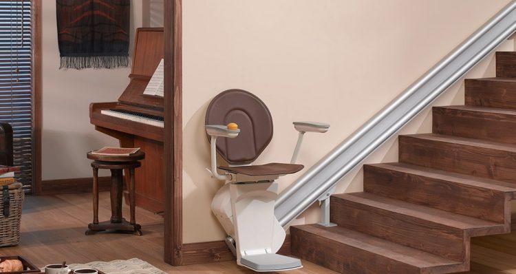 Vandaag is eindelijk mijn traplift geïnstalleerd